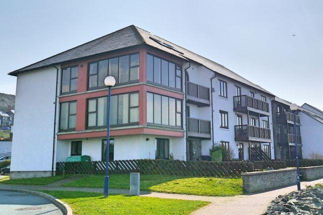 Thumbnail Flat to rent in Y Lanfa, Aberystwyth