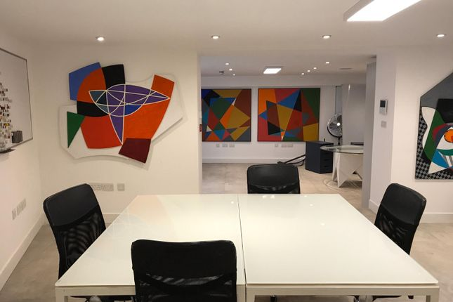 Office to let in Fulham High Street, London
