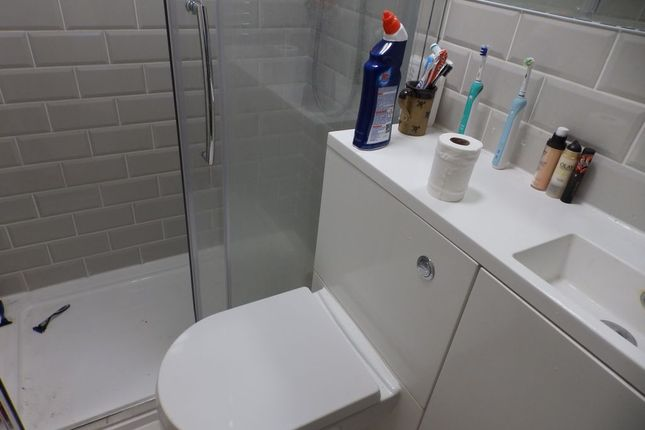 Shower Room of Stanford Road, Brighton, East Sussex BN1
