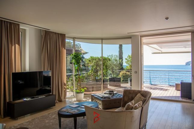 Thumbnail Duplex for sale in Luxury Penthouse In Gated Community, Budva, Montenegro