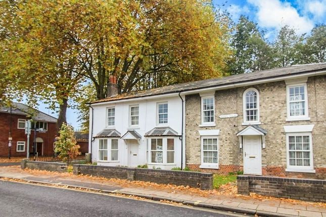 2 bed flat to rent in North Walls, Winchester SO23