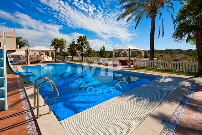 Villa for sale in Porches, Porches, Lagoa Algarve