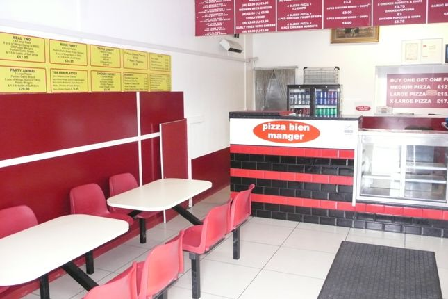 Thumbnail Restaurant/cafe to let in Trelawney Avenue, Slough