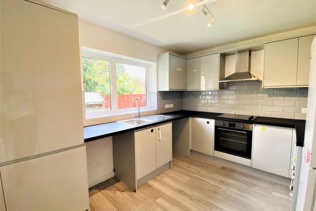 Thumbnail Flat to rent in Crescent Road, East Barnet