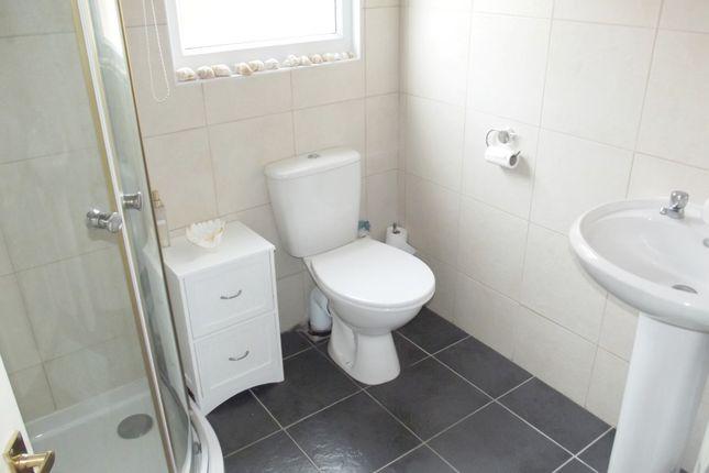 Shower WC of Wilsthorpe, Bridlington YO15