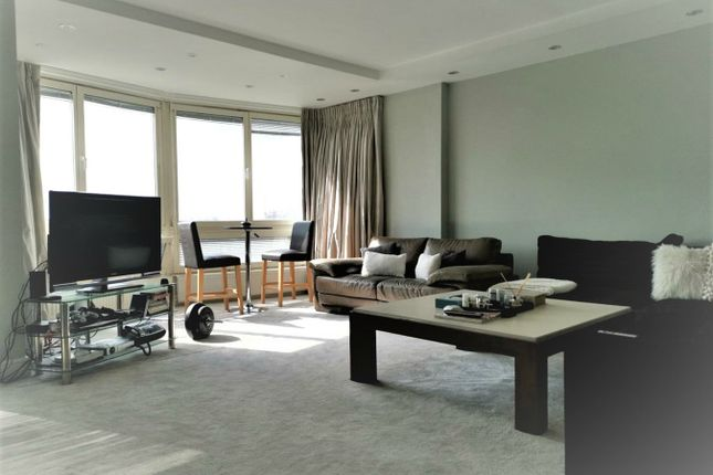 Thumbnail Flat To Rent In Castleacre 15 Hyde Park Crescent London