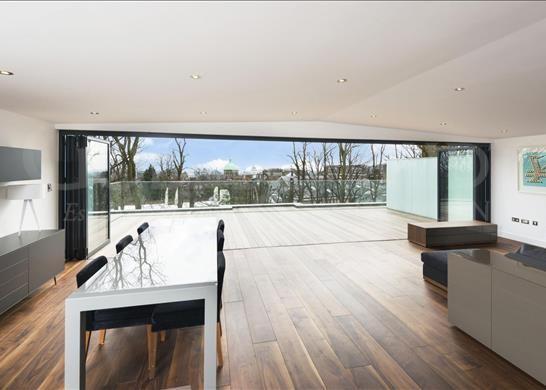 Thumbnail Flat to rent in Kempton House, Highgate
