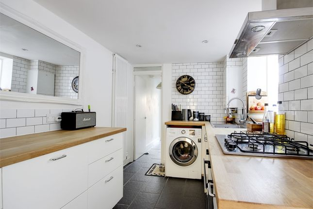 Thumbnail Flat for sale in Ormond Road, Crouch End Borders, London