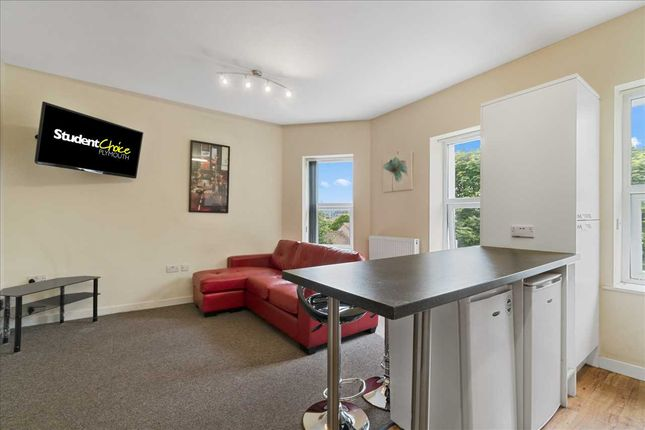 Thumbnail Flat to rent in Harwell Street, Plymouth