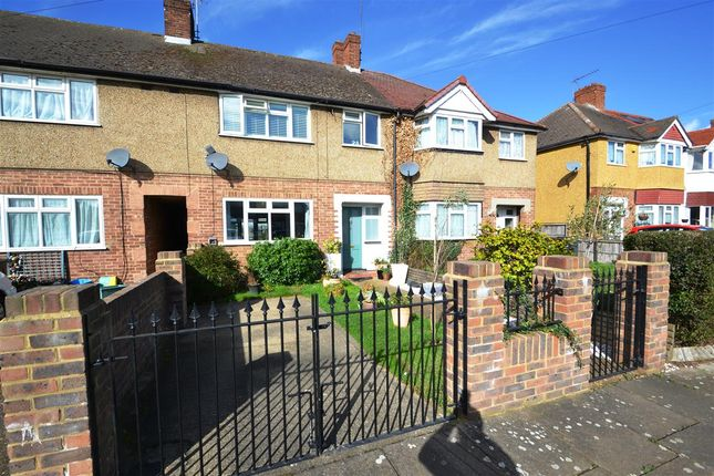 Thumbnail Terraced house for sale in Spinney Drive, Feltham