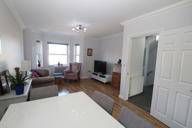 Thumbnail Maisonette to rent in Gordon Hill, Enfield