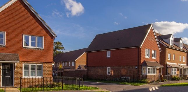 """2 bedroom flat for sale in """"Apartment"""" at Moy Green Drive, Horley"""