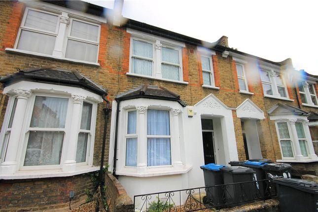 Thumbnail Flat for sale in Gillett Road, Thornton Heath