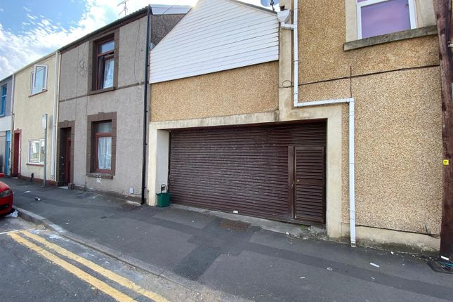 Thumbnail Commercial property to let in Oxford Street, Swansea