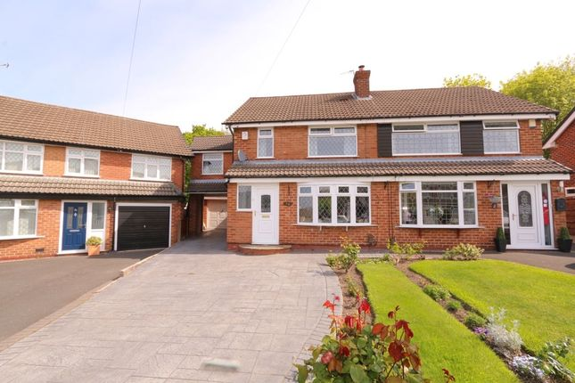 Thumbnail Semi-detached house to rent in Davenport Drive, Woodley, Stockport