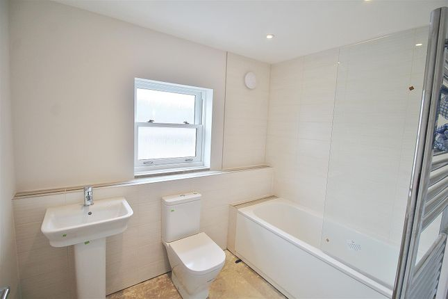 Bathroom of Tarring Road, Broadwater, Worthing BN11