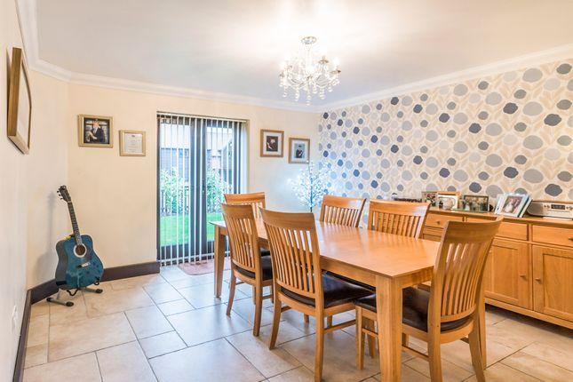 Dining Room of Elm Tree Farm Close, Pirton, Hitchin SG5