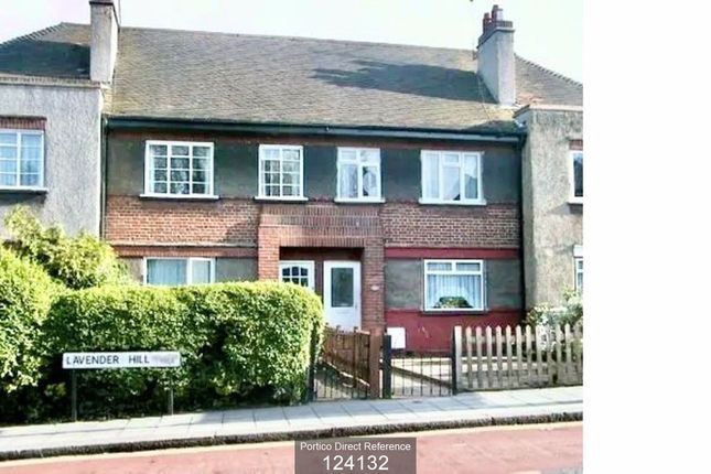 2 bed flat to rent in Lavender Hill, Enfield EN2