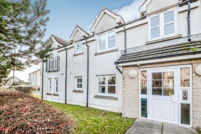 2 bed flat to rent in Peploe Rise, Dunfermline KY11