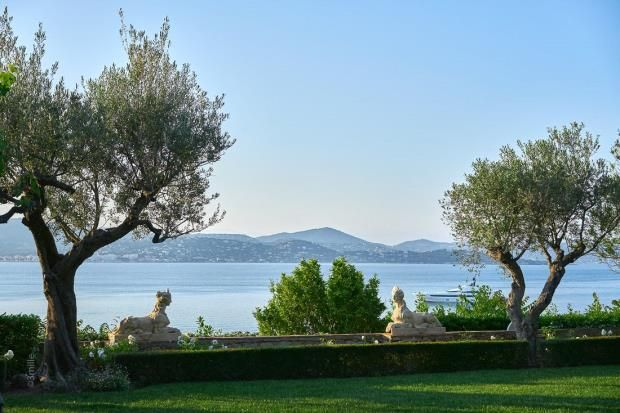 Thumbnail Town house for sale in Les Graniers, Saint-Tropez, Var Coast, French Riviera, 83990