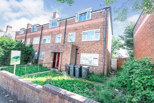 Thumbnail Flat for sale in Fifth Avenue, Bordesley Green, Birmingham