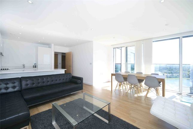 Reception Room of Residence Tower, Woodberry Grove, London N4
