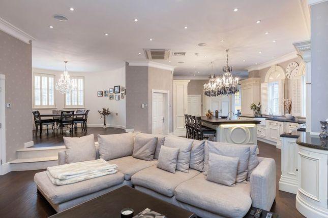 6 bed detached house for sale in Kings Warren, Oxshott, Leatherhead