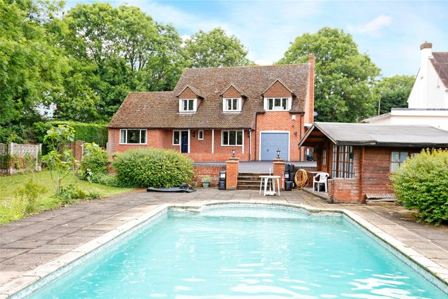 Thumbnail Detached house for sale in Wycombe Road, Marlow, Buckinghamshire