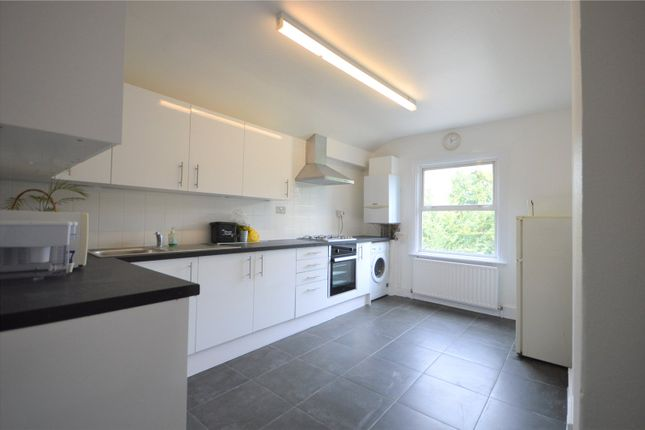 Thumbnail Flat to rent in Myddleton Road, Bowes Park