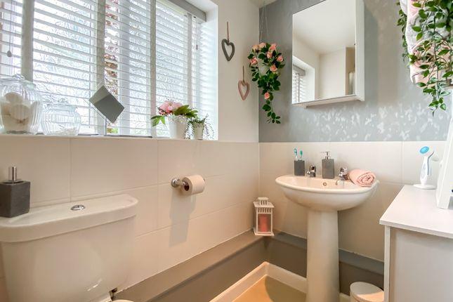 Bathroom of Brinklow Road, Binley, Coventry CV3