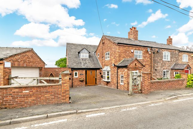 Thumbnail Cottage for sale in 1 Ivy Cottage, Cartridge Lane, Grappenhall