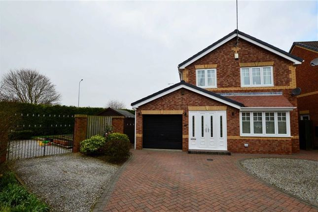 Thumbnail Detached house for sale in Alwoodley Close, Hull, East Yorkshire