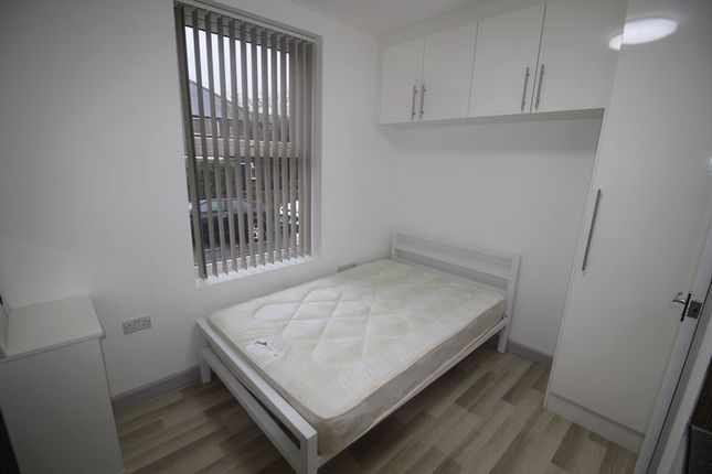 Thumbnail Room to rent in Park Street, Slough