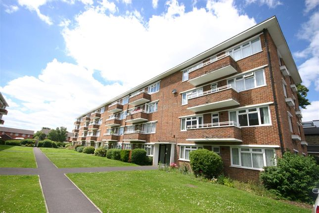Thumbnail Flat for sale in Withewood Mansions, Shirley Road, Southampton
