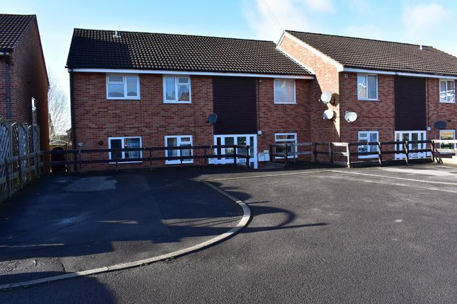 Thumbnail Flat to rent in Southway Drive, Yeovil