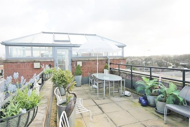 Thumbnail Flat to rent in Cantilever Gardens, Station Road, Warrington
