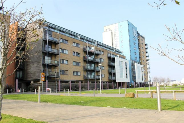 Thumbnail Flat to rent in Kilcredaun House, Prospect Place, Cardiff Bay