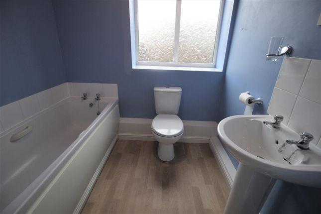 Bathroom of Saltash Road, Swindon SN2