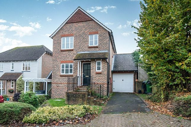 Thumbnail Detached house to rent in Button Lane, Bearsted, Maidstone