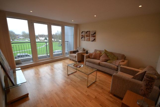 Thumbnail Flat to rent in School Mead, Abbots Langley