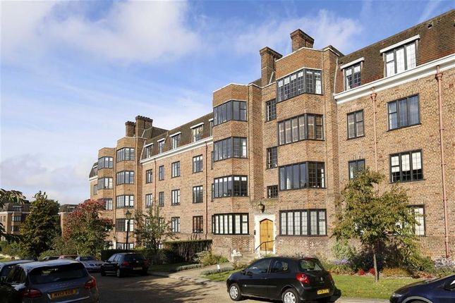 Thumbnail Flat for sale in Balliol House, Manor Fields, Putney