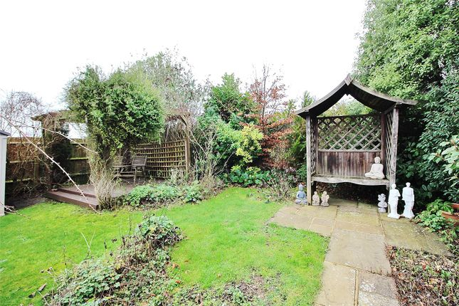 Garden of Hillview Road, Worthing, West Sussex BN14