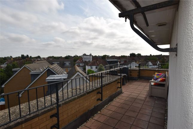 Thumbnail Flat to rent in Pavement Square, Addiscombe, Croydon