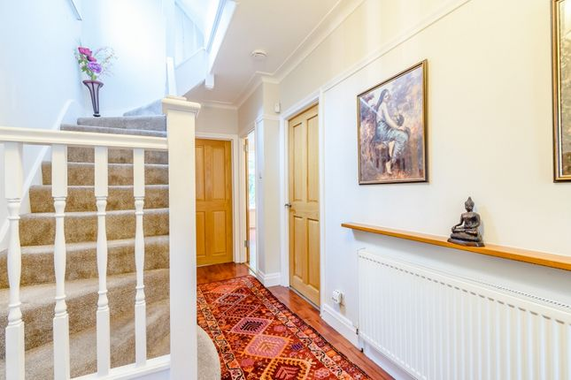 Hallway of Furham Feild, Pinner HA5