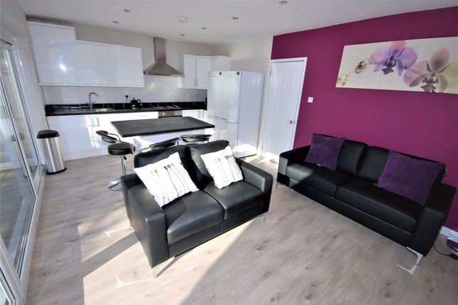 Thumbnail Flat to rent in 5A, Coniston Road, Leamington Spa, Warwickshire