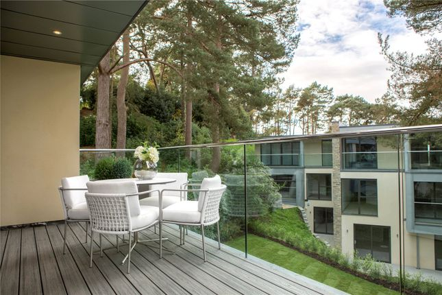 Thumbnail Flat for sale in Crosstrees, Canford Cliffs, Poole