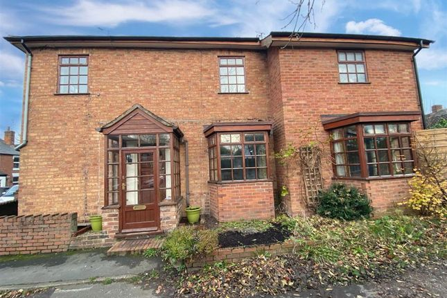 Thumbnail Property to rent in Lionfields Road, Cookley, Kidderminster