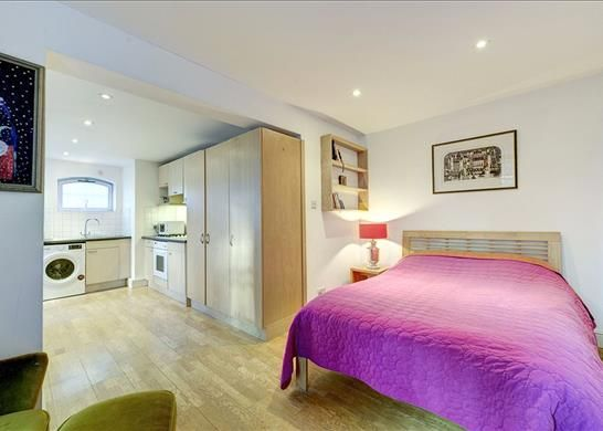 Bedroom, W11 of Ladbroke Terrace, Notting Hill, London W11