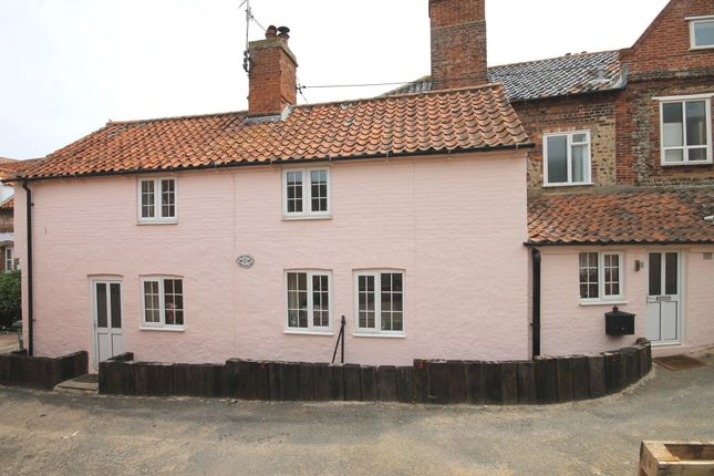 Thumbnail Cottage for sale in Red Lion Yard, Wells-Next-The-Sea
