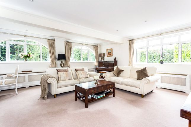 Picture No. 44 of Orchard End, Weybridge, Surrey KT13